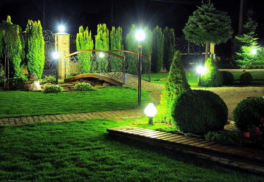 Kандшафтное освещение участка